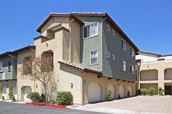 28100 Smyth Dr 1 Bed Apartment for Rent Photo Gallery 1