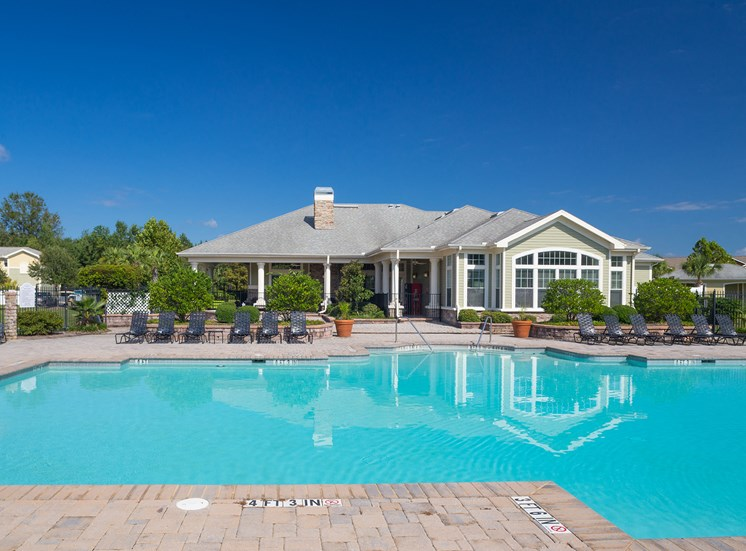 Courtney Station Apartments resort-style pool with spacious sundeck