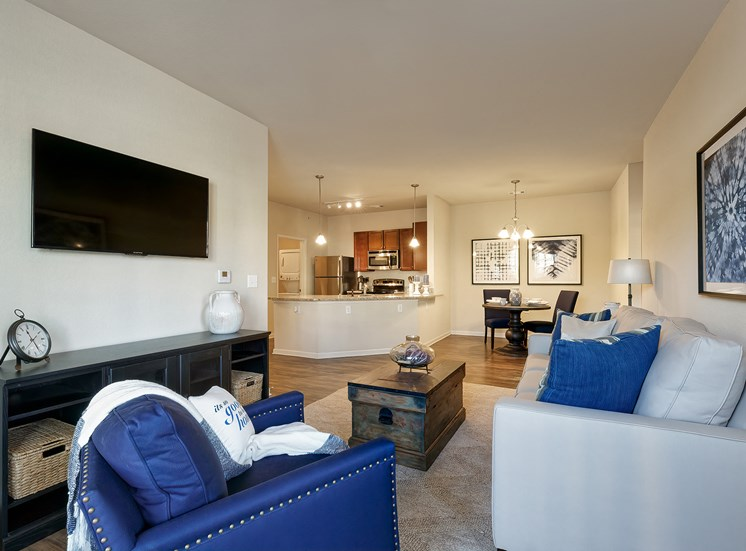 Glenbrook Apartments - Interior - Staged living room