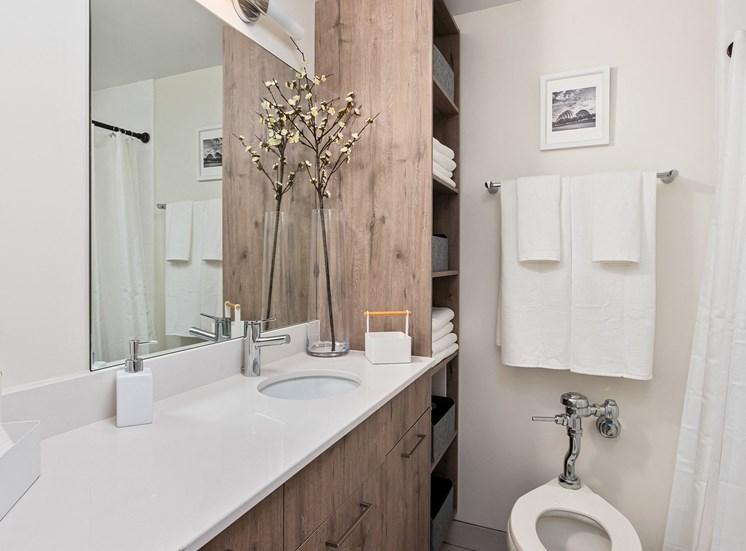 KC Modern - Bathroom