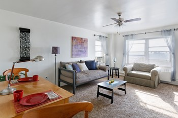 929 Jefferson St Studio-2 Beds Apartment for Rent Photo Gallery 1