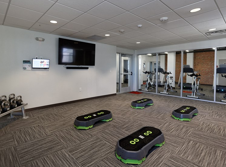 Quality Hill Towers - fitness center
