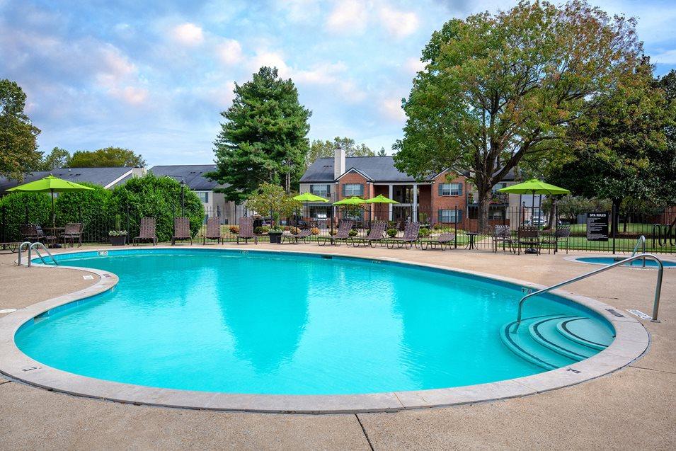 Littlestone of Village Green Apartments pool