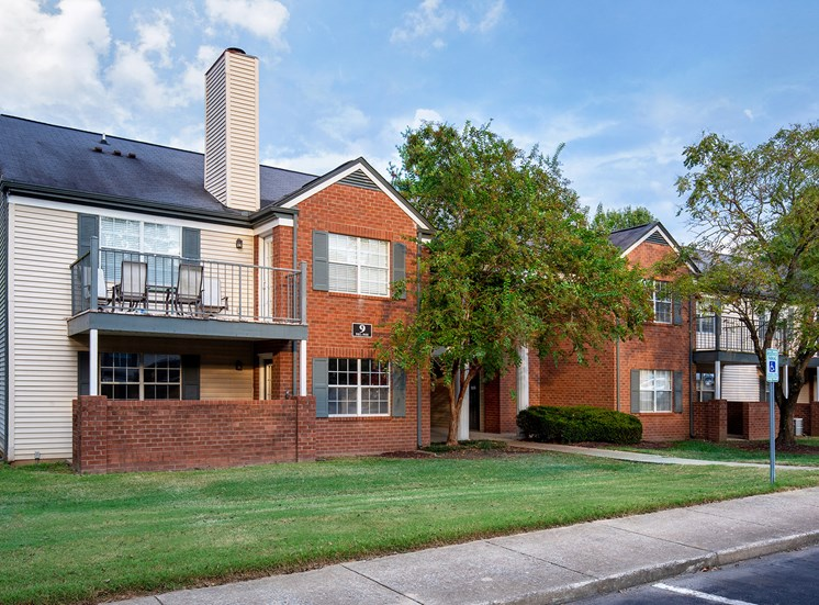 Littlestone of Village Green Apartments - Private balcony or patio
