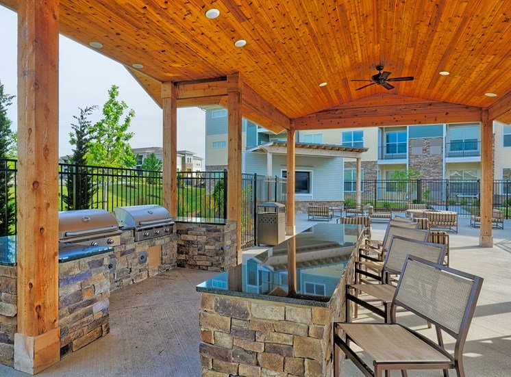 The Haven at Shoal Creek pool pavilion with BBQ grilling station