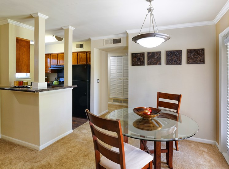 Brentwood Oaks - Staged dining and kitchen area