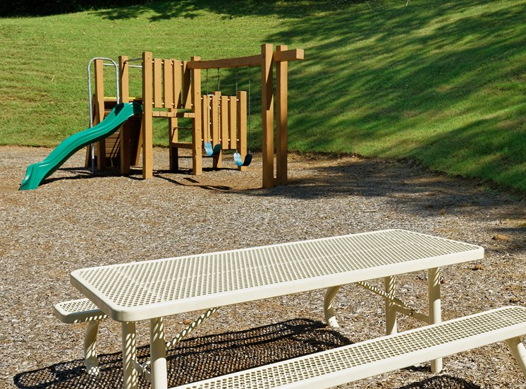 Brentwood Oaks Apartments playground