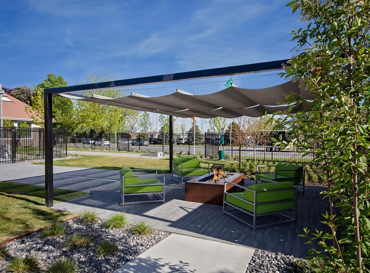 West Valley City, UT Enclave at Redwood apartments Outdoor Seating