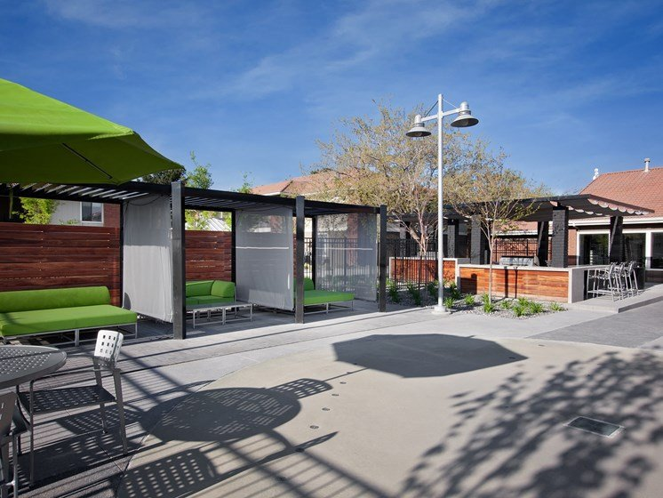 West Valley City, UT Enclave at Redwood apartments courtyard seating area