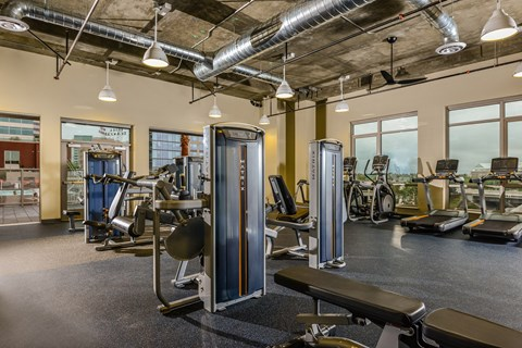 Apartments in Downtown San Jose - Centerra Fitness Center
