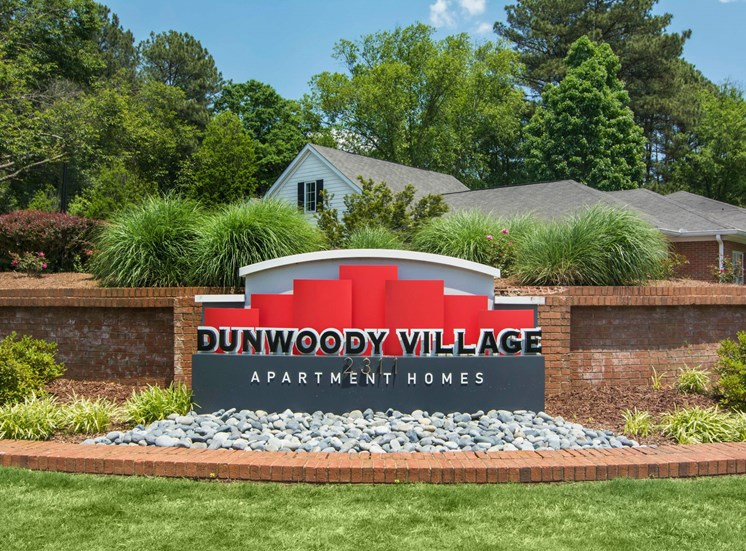 Dunwoody Village Front Entrance
