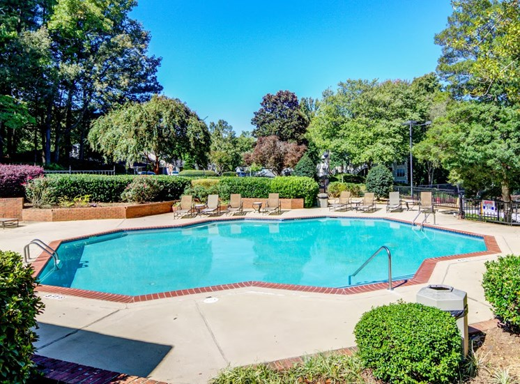 Dunwoody Village Apartment Homes Atlanta Swimming Pool