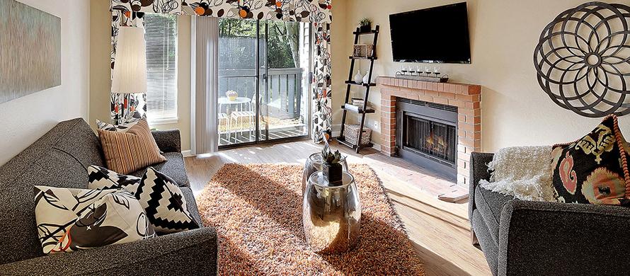 Over Sized Glass Railed Balconies At Copper Ridge Apartments, 4600 Davis  Avenue S