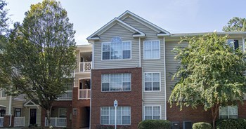 415 Morgan Falls Road 1-4 Beds Apartment for Rent Photo Gallery 1