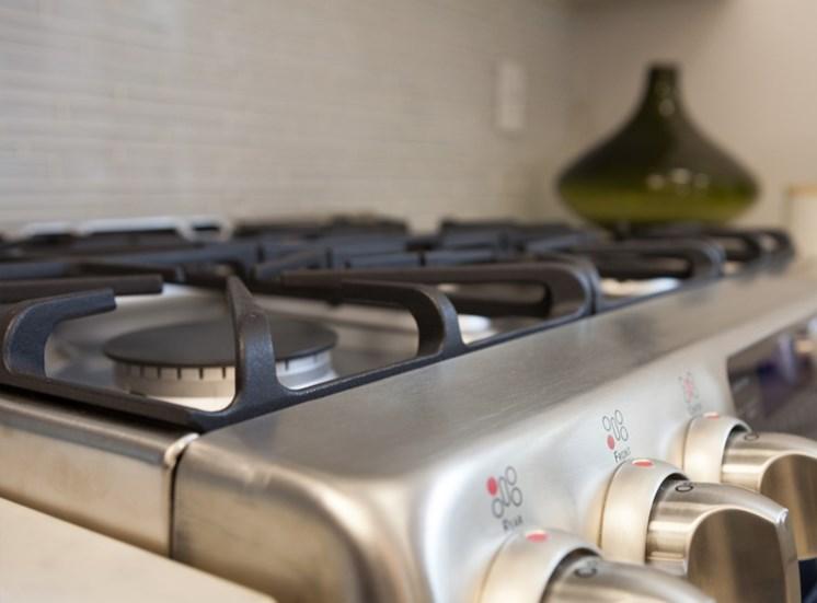 Icon Apartments in Norfolk Appliances