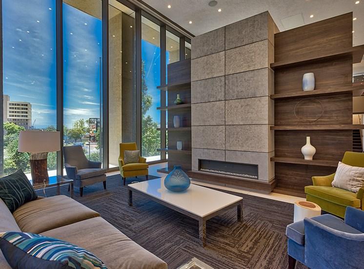 Icon Norfolk VA Luxury Apartments club room