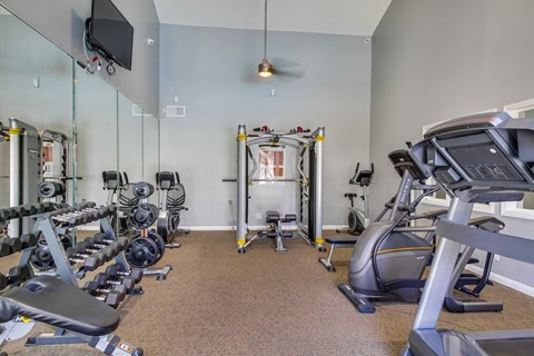 Harbor Cliff Apartments Lifestyle - Fitness Center