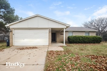 7851 Hollyberry Court 3 Beds House for Rent Photo Gallery 1