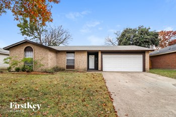 1327 WILLOWBROOK ST 3 Beds House for Rent Photo Gallery 1