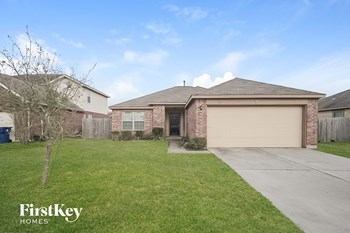 110 W Red Oak Ln 4 Beds House for Rent Photo Gallery 1