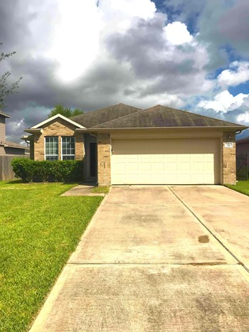 218 HAWKS VIEW DR 3 Beds House for Rent Photo Gallery 1