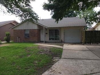 12433 LEDGER LN 3 Beds House for Rent Photo Gallery 1