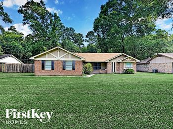 18061 WHISPERING PINES DR 3 Beds House for Rent Photo Gallery 1