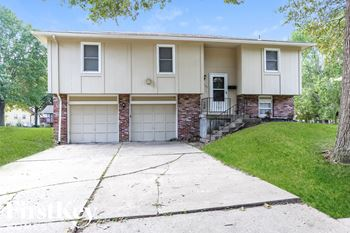 7909 Sunset Circle 3 Beds House for Rent Photo Gallery 1