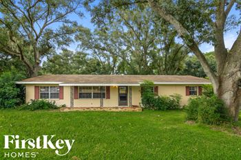 490 Old Polk City Road 3 Beds House for Rent Photo Gallery 1