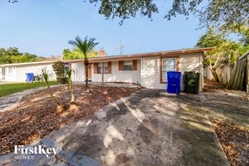 904 Alaska Drive 3 Beds House for Rent Photo Gallery 1