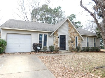 3037 Leeridge Drive 3 Beds House for Rent Photo Gallery 1