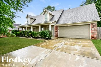 7481 Fox Trace 4 Beds House for Rent Photo Gallery 1