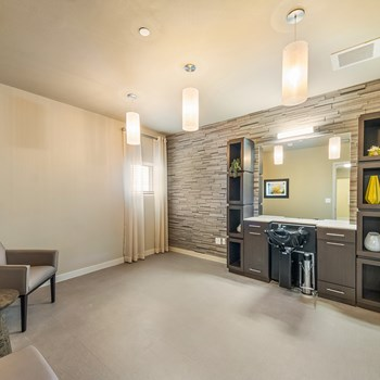 910 N. Mittman 1 Bed Apartment for Rent Photo Gallery 1