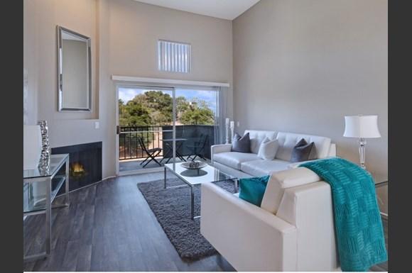 Canyon Crest Apartments, 23639 Newhall Avenue, Santa Clarita, CA ...