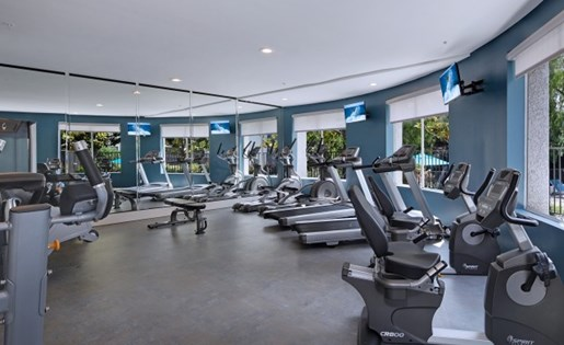 Santa Clarita, CA Apartments for Rent - Canyon Crest Fitness Center