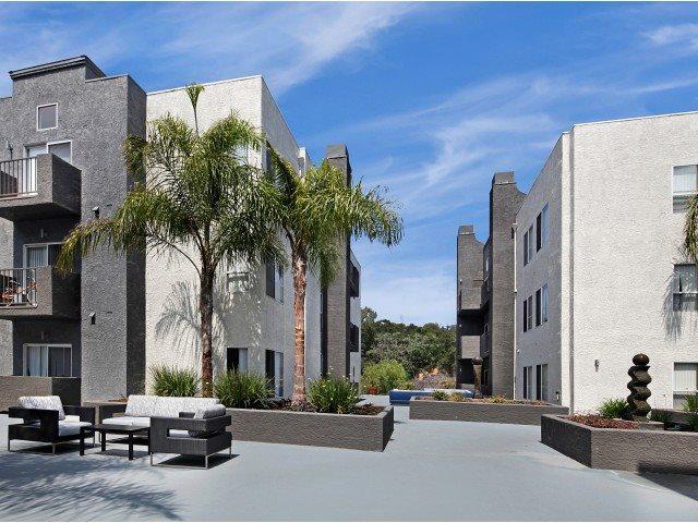 Canyon Crest Apartments in Santa Clarita, CA   Photo Gallery