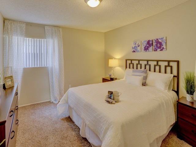 Santee, CA Apartments for Rent -Highline Apartments Bedroom