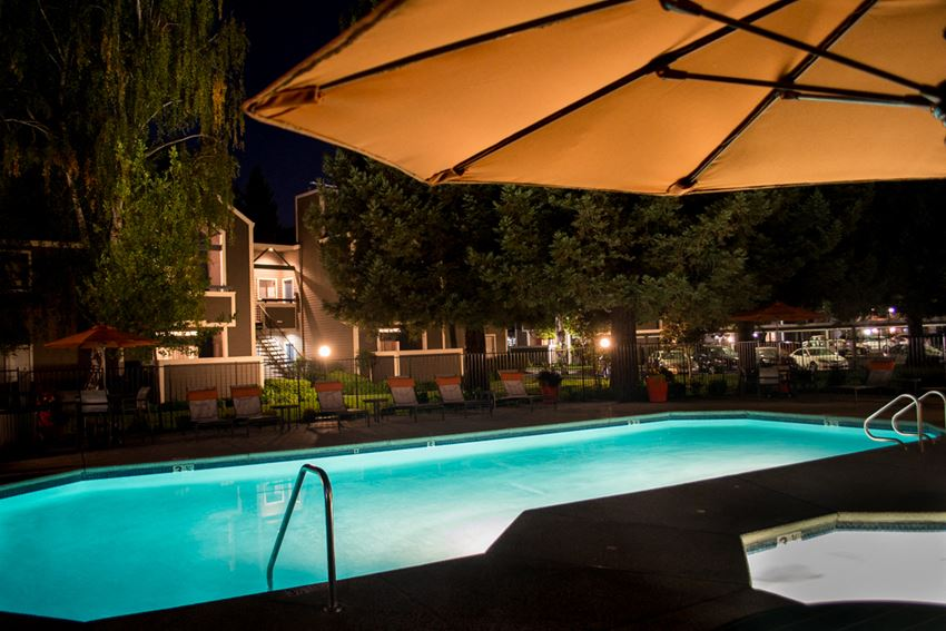 Evening Pool l Waterford Cove Apartments in Sacramento CA