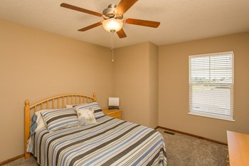 8980 Slate Dr. 2-3 Beds Townhouse for Rent Photo Gallery 1