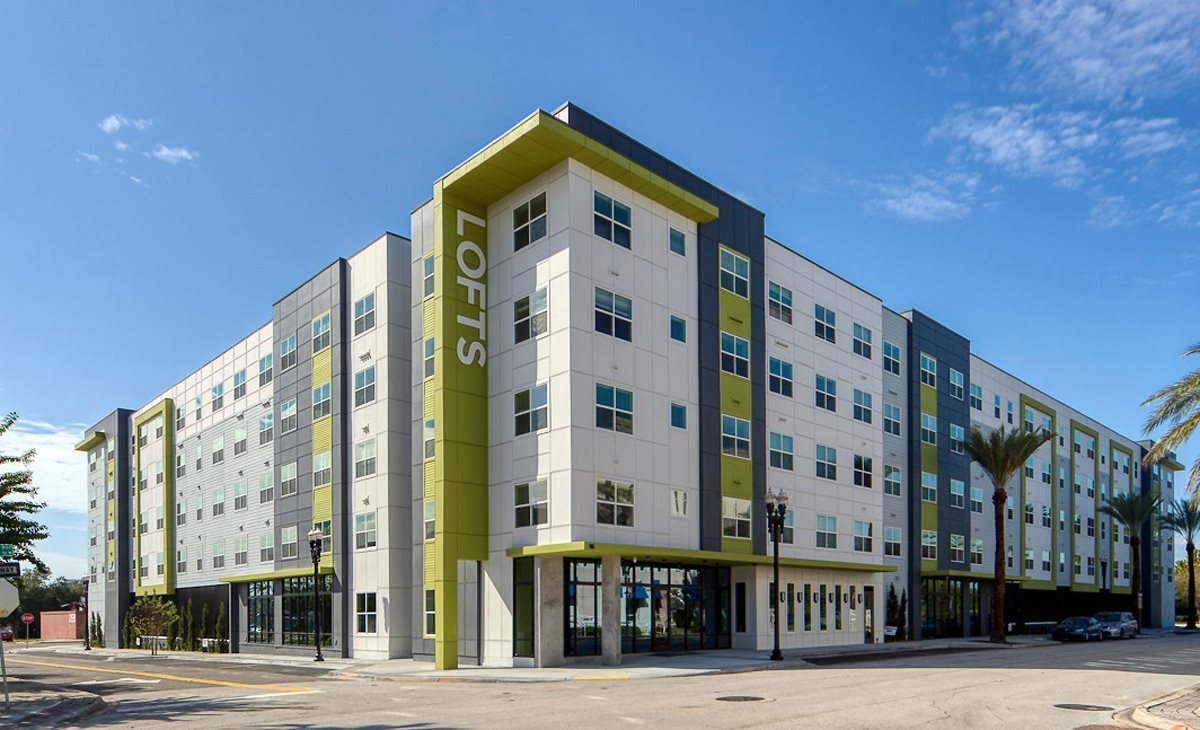 Lofts at Monroe Apartments | Jacksonville, FL