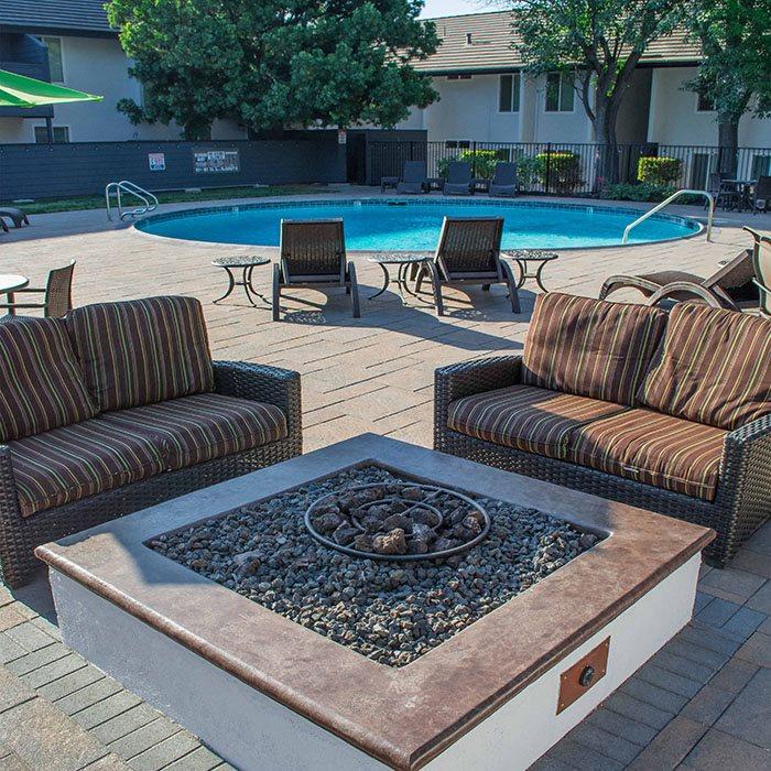 Yvr Apartments Walnut Creek: Walnut Creek, CA Apartments