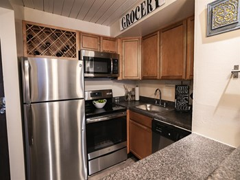 4444 West Pine Boulevard Studio Apartment for Rent Photo Gallery 1