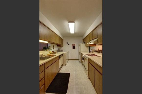 Stonewood Apartments, 302 Parkwood Lane, Madison, WI - RENTCafé