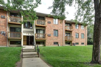 216 W. Forest Ave. Suite #100 1-3 Beds Apartment for Rent Photo Gallery 1
