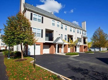 100 Avalon Way 1-3 Beds Apartment for Rent Photo Gallery 1