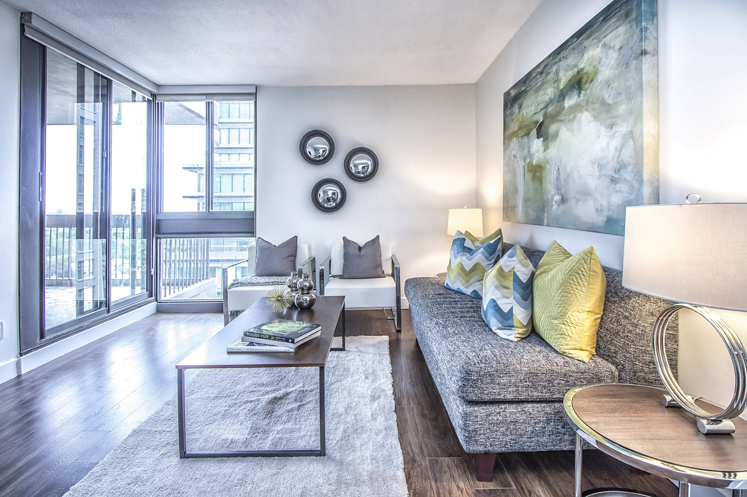 57 Charles Street West Studio 2 Beds Apartment For Rent Photo Gallery 1