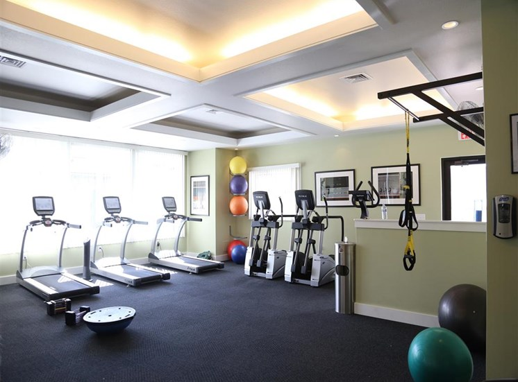 Fitness Center With Modern Equipment at Corso Apartments, Missoula, Montana