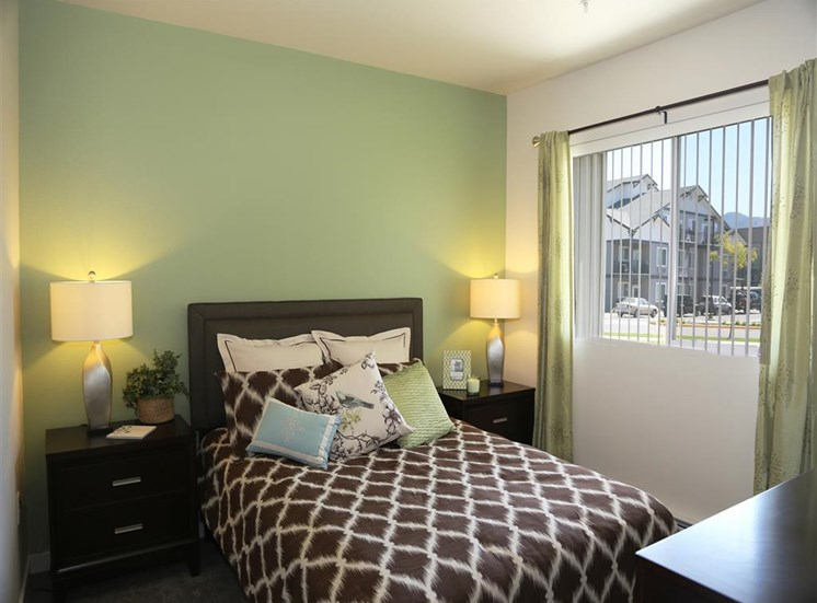 Spacious Bedroom With Comfortable Bed at Corso Apartments, Missoula, Montana