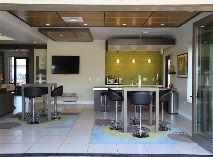 Clubhouse With Kitchen at Corso Apartments, Montana
