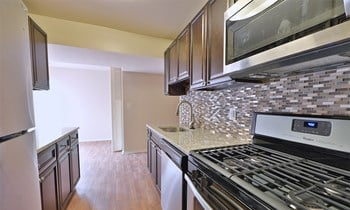 3456 Carriage Hill Circle 2 Beds Apartment for Rent Photo Gallery 1